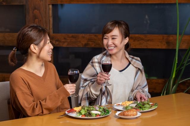 大阪の婚活男女にハッピーメーカーの婚活BAR&Cafeをおすすめ